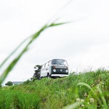 長閑な田園風景の中、20分程のドライブをお楽しみ下さい。